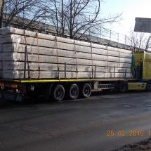 Anlieferung 50,00 m³ KVH-Konstruktionvollholz für neue Koppelpfetten alte Betonträger waren nicht mehr Tragfähig